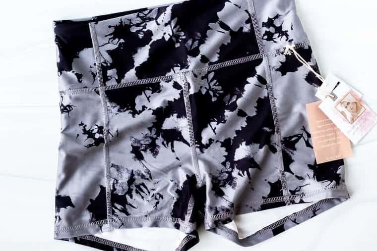 "Jessica Simpson 3"" Tummy Control Hottie Shorts"