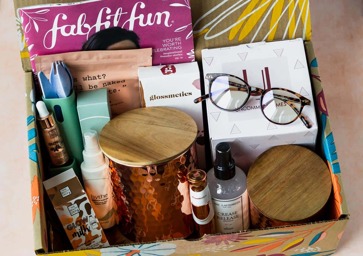 All of the items in my Fall 2020 FabFitFun box displayed inside of the box