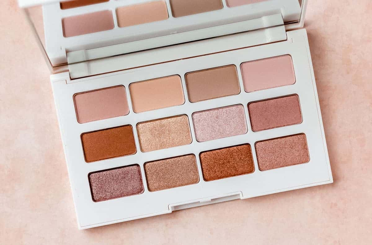 Close up of the Laura Geller Cinnamon + Spice Eyeshadow Palette