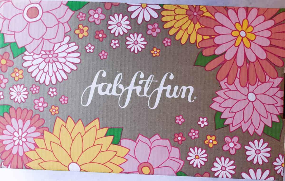 Spring 2021 fabfitfun box