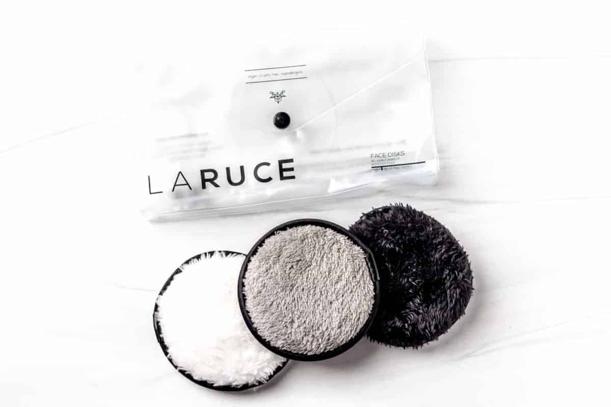 Laruce Beauty Face Disks on a white background